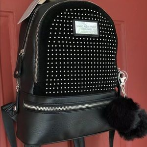 Marc New York Andrew Marc black leather backpack